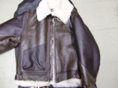 94831VANSON B-3 FLYING FORTRESS OREW JACKET US40サイ